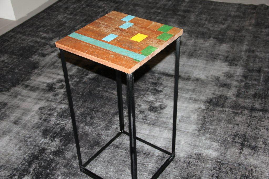 Tafel EL02 (40cm x 40cm x 80cm)