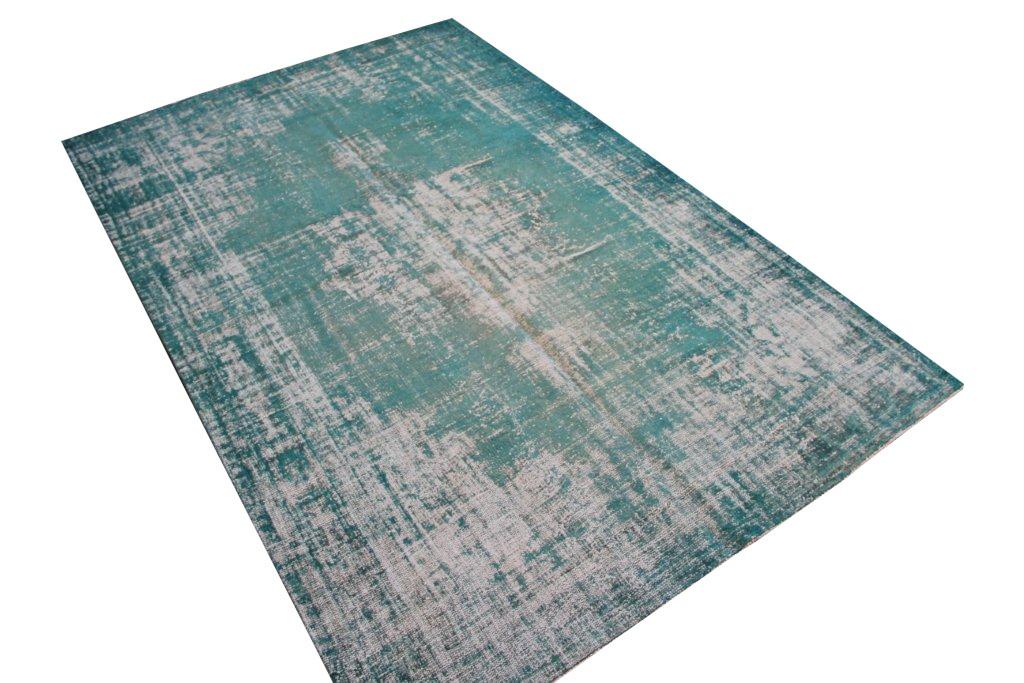 Recoloured klassiek vloerkleed nr B789 (307 cm x 206 cm) tapijt wat een nieuwe hippe trendy kleur heeft gekregen.