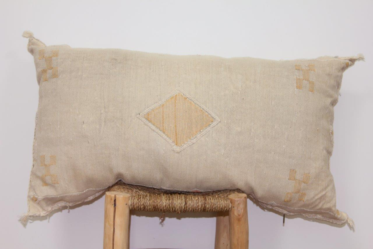 kussen uit Marokko 100cm x 50cm nr 3204
