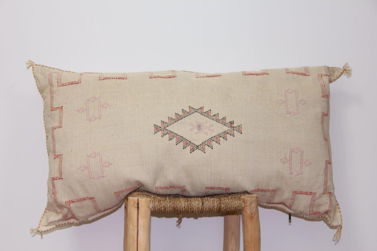 kussen uit Marokko 100cm x 50cm nr 3203