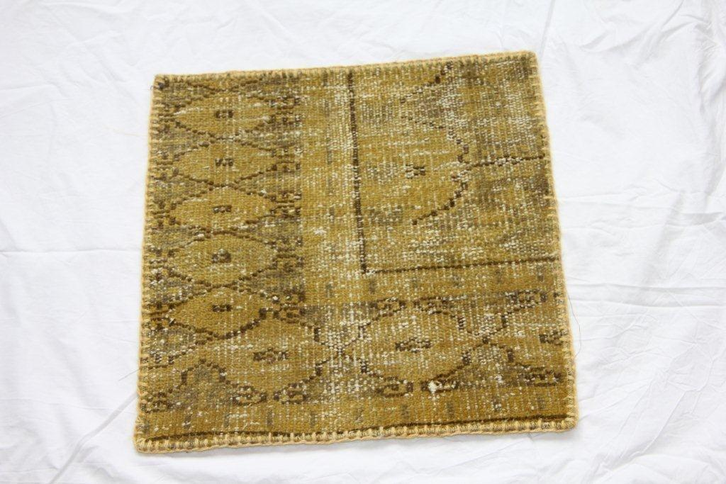 Recoloured vintage kussen 604 (50cm x 50cm)