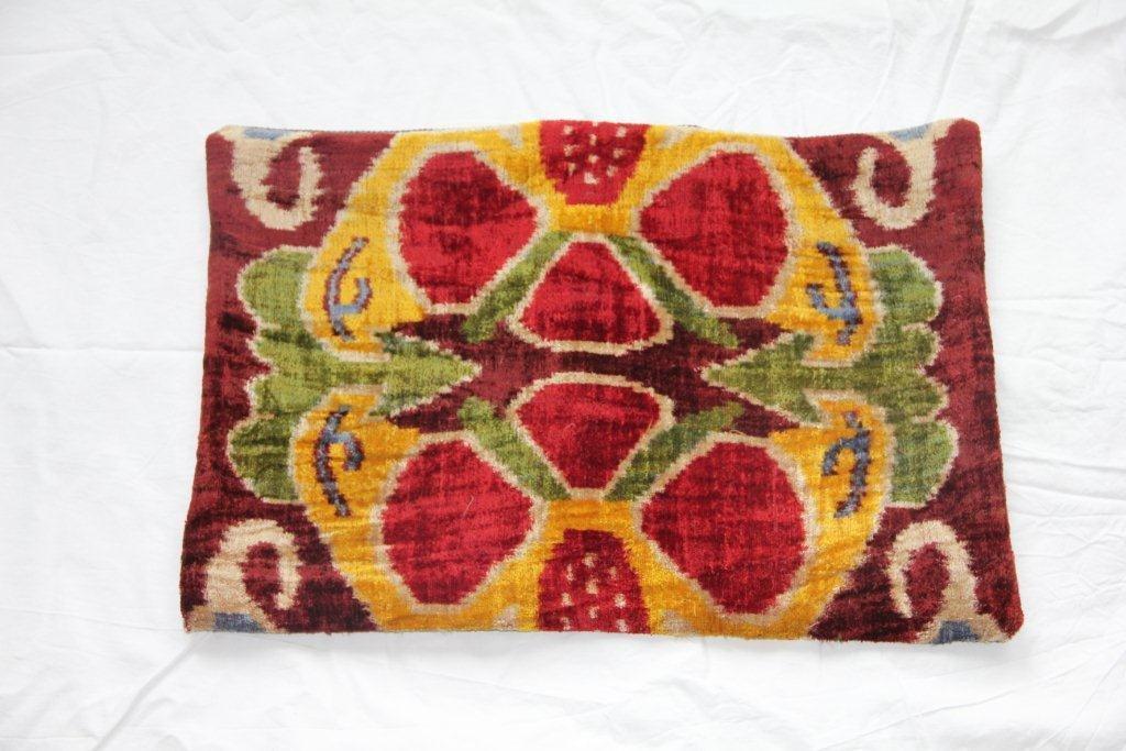 Kussen gemaakt van oude Turkse stof 620 (60 x 40)