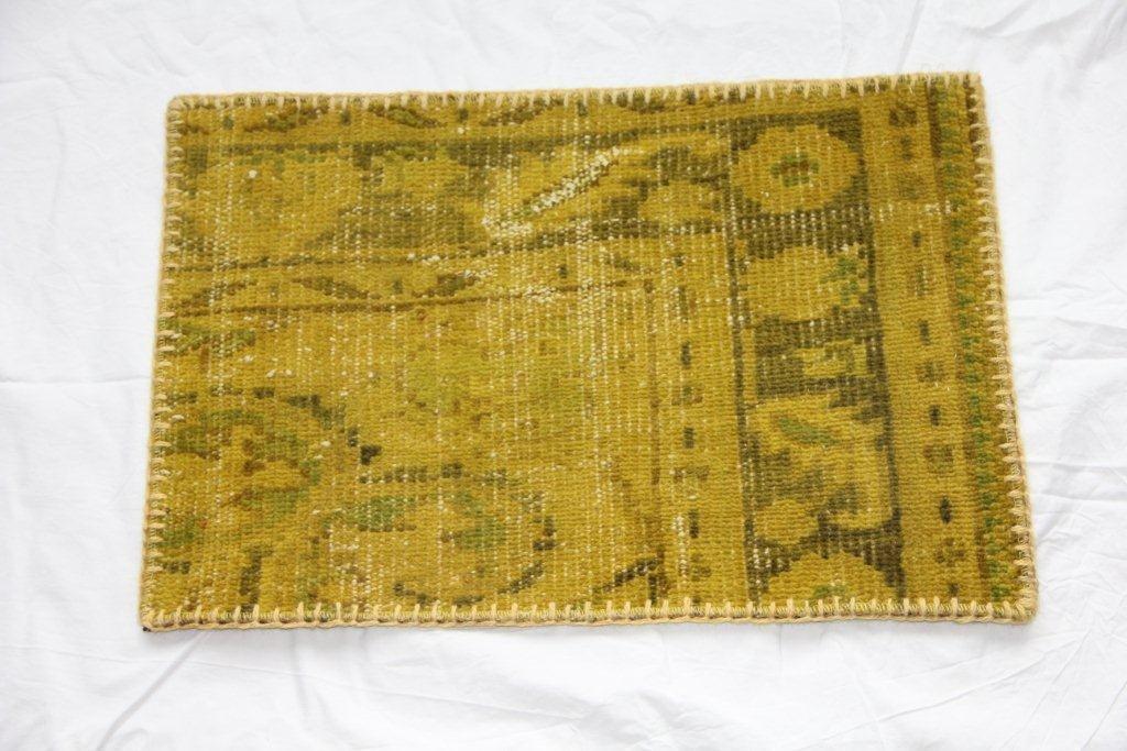 Recoloured vintage kussen 642 (60cm x 40cm)