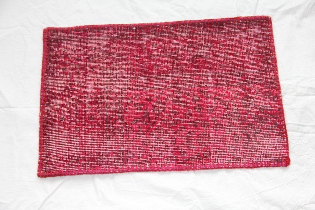 Recoloured vintage kussen 649 (60cm x 40cm)