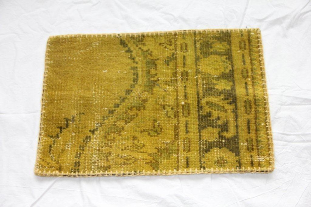 Recoloured vintage kussens 656 (60cm x 40cm)