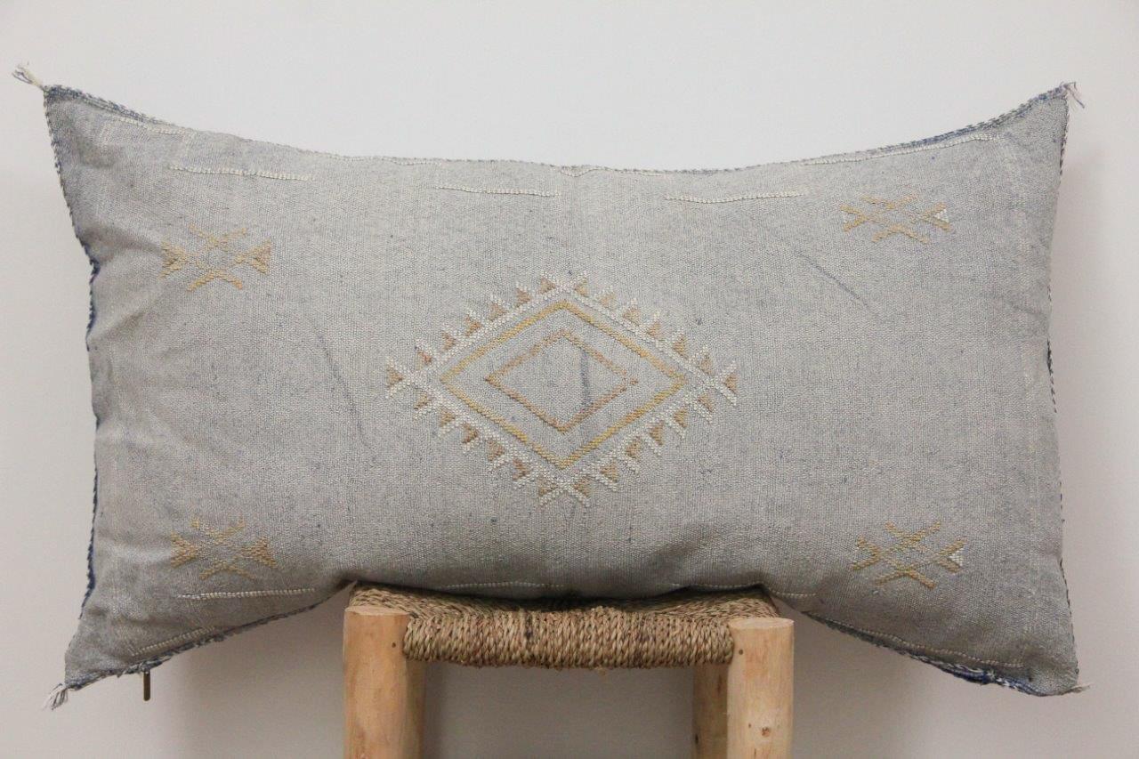 Kussen uit Marokko 100cm x 50cm incl vulling nr.9007