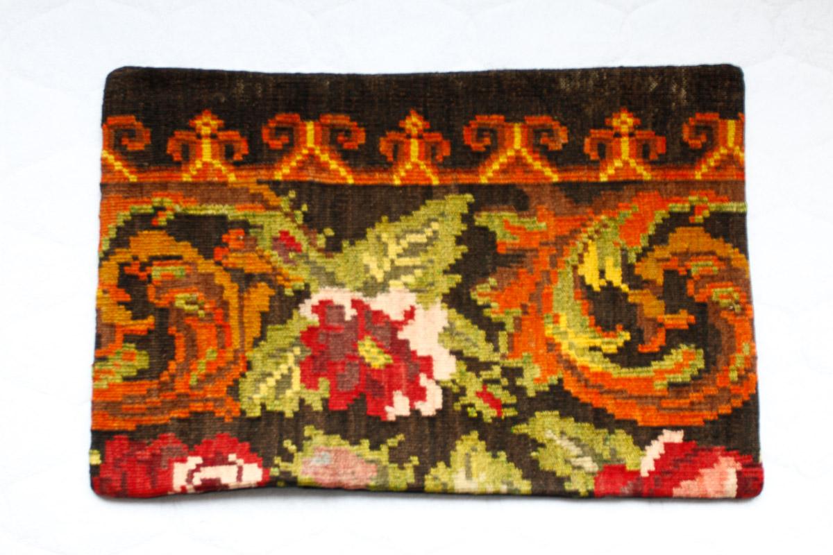Rozenkelim kussen nr 1529 (60cm x 40cm) Kussen gemaakt van authentieke rozenkelim, inclusief binnenkussen