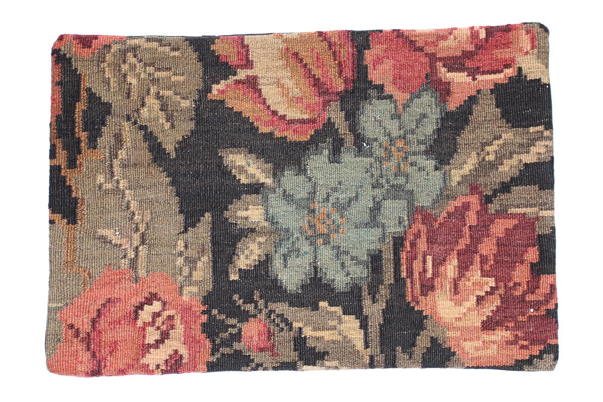 Rozenkelim kussen nr 1536 (60cm x 40cm) Kussen gemaakt van authentieke rozenkelim, inclusief binnenkussen