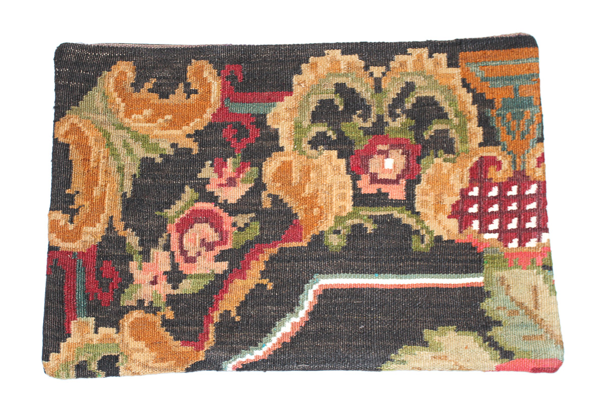Rozenkelim kussen nr 1540 (60cm x 40cm) Kussen gemaakt van authentieke rozenkelim, inclusief binnenkussen