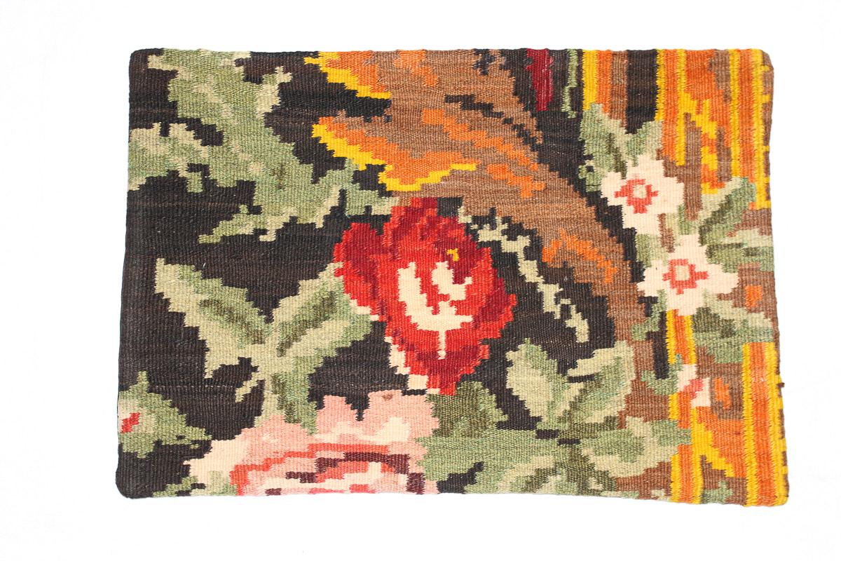 Rozenkelim kussen nr 1547 (60cm x 40cm) Kussen gemaakt van authentieke rozenkelim, inclusief binnenkussen