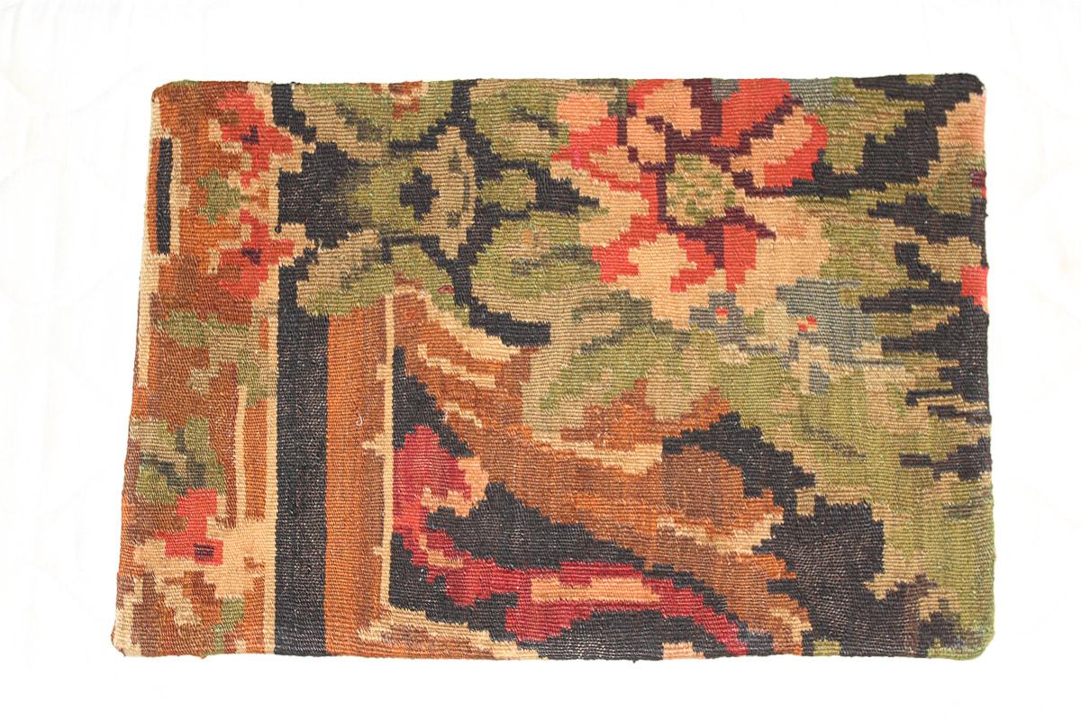 Rozenkelim kussen nr 1577 (60cm x 40cm) Kussen gemaakt van authentieke rozenkelim, inclusief binnenkussen
