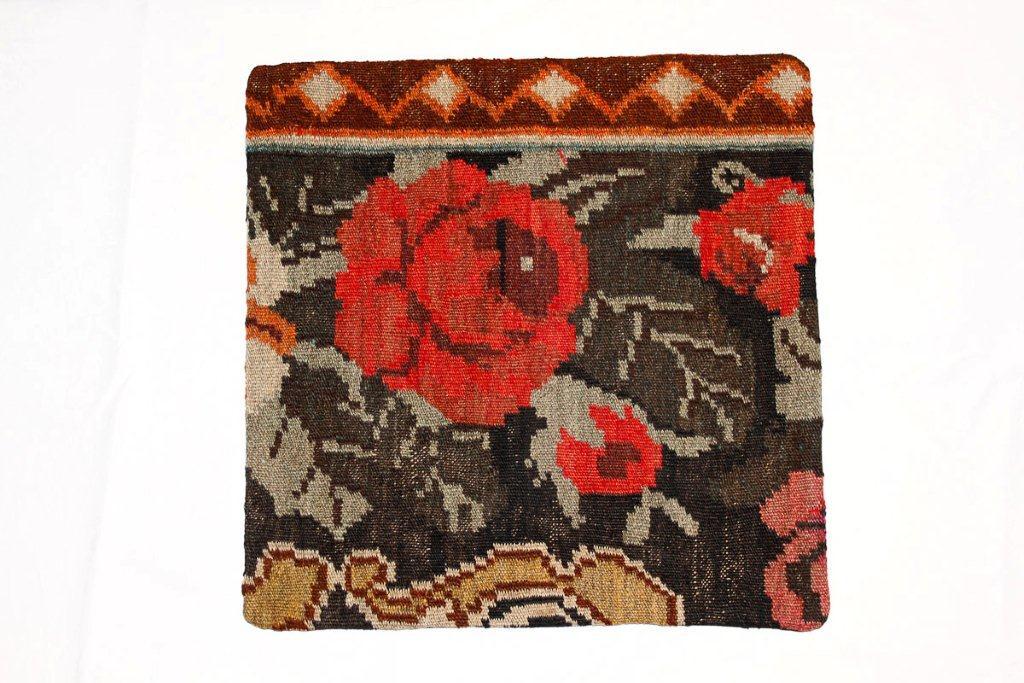 Rozenkelim kussen nr 16010 (45 cm x 45 cm) Kussen gemaakt van authentieke rozenkelim, inclusief binnenkussen