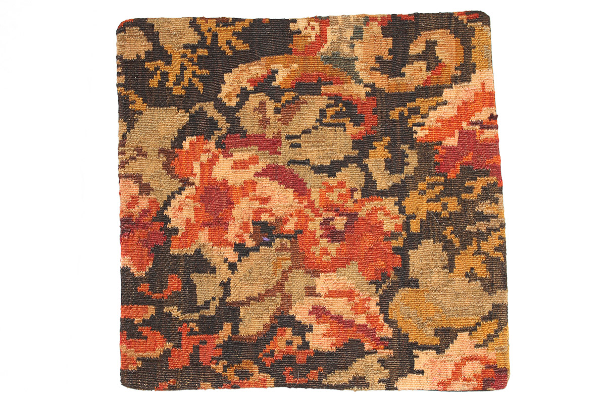 Rozenkelim kussen nr 16078 (45cm x 45cm) Kussen gemaakt van authentieke rozenkelim, inclusief binnenkussen