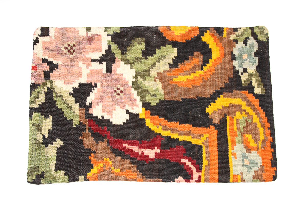 Rozenkelim kussen nr 1615 (60 cm x 40 cm) Kussen gemaakt van authentieke rozenkelim, inclusief binnenkussen