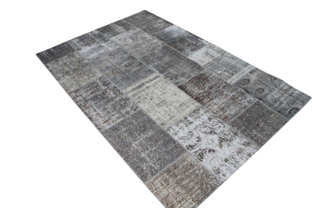 Vintage patchwork vloerkleed 624 (302 cm x 201 cm) Dit vloerkleed kunnen wij begin mei leveren.