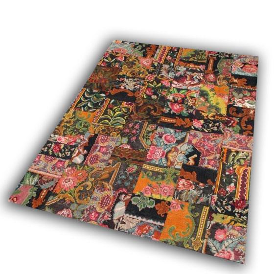 Patchwork rozenkelim no 86 (324cm x 234cm) wordt geleverd incl katoenen onderkleed