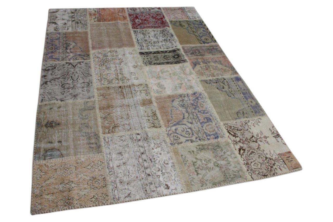 Patchwork vloerkleed gemaakt van turkse vloerkleden