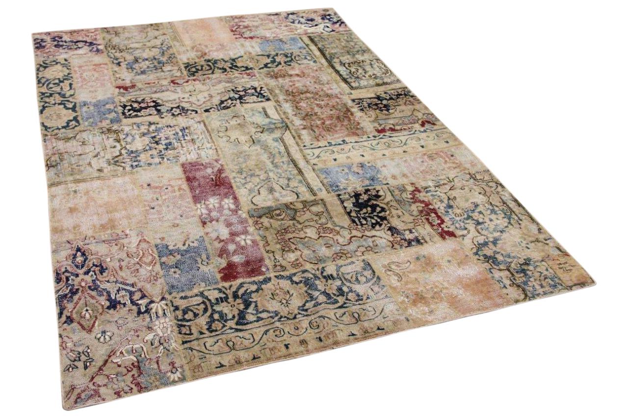 patchwork vloerkleed samengesteld uit Perzische vloerkleden 245cm x 172cm