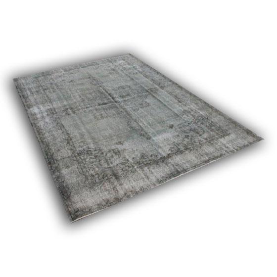 Recoloured vloerkleed 145 (330cm x 237cm)