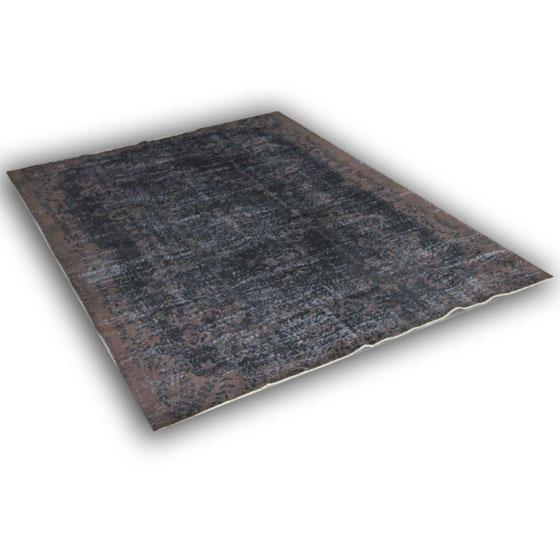 Recoloured vloerkleed 165 (278cm x 193cm)