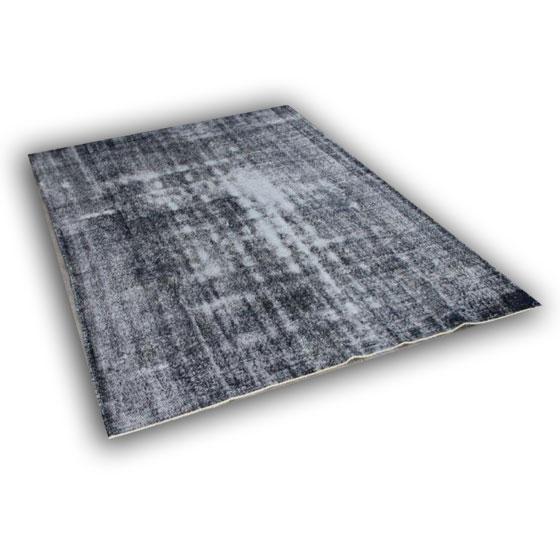 Recoloured vloerkleed 373 (296cm x 207cm) Dit vloerkleed kunnen wij begin mei leveren.