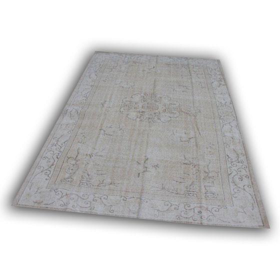 Recoloured vloerkleed 389 (303cm x 213cm)