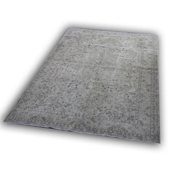Zandkleurig vloerkleed 641 (304cm x 211cm)