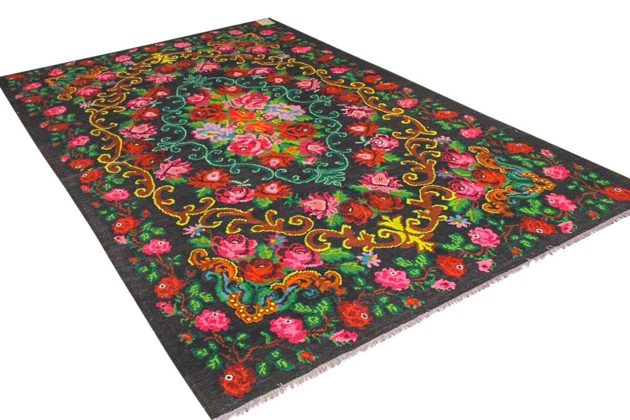 authentieke rozenkelim uit moldavie 9375