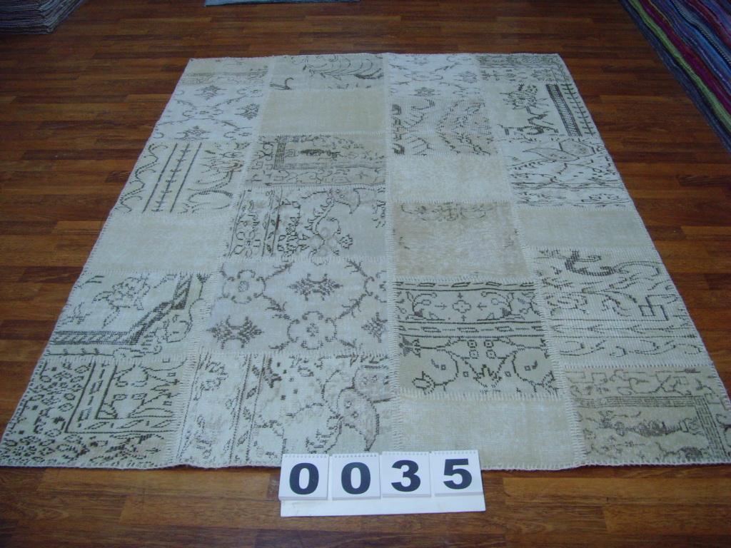 Zandkleurig patchwork vloerkleed 0035 (240cm x 170cm) gemaakt van oude recoloured vloerkleden