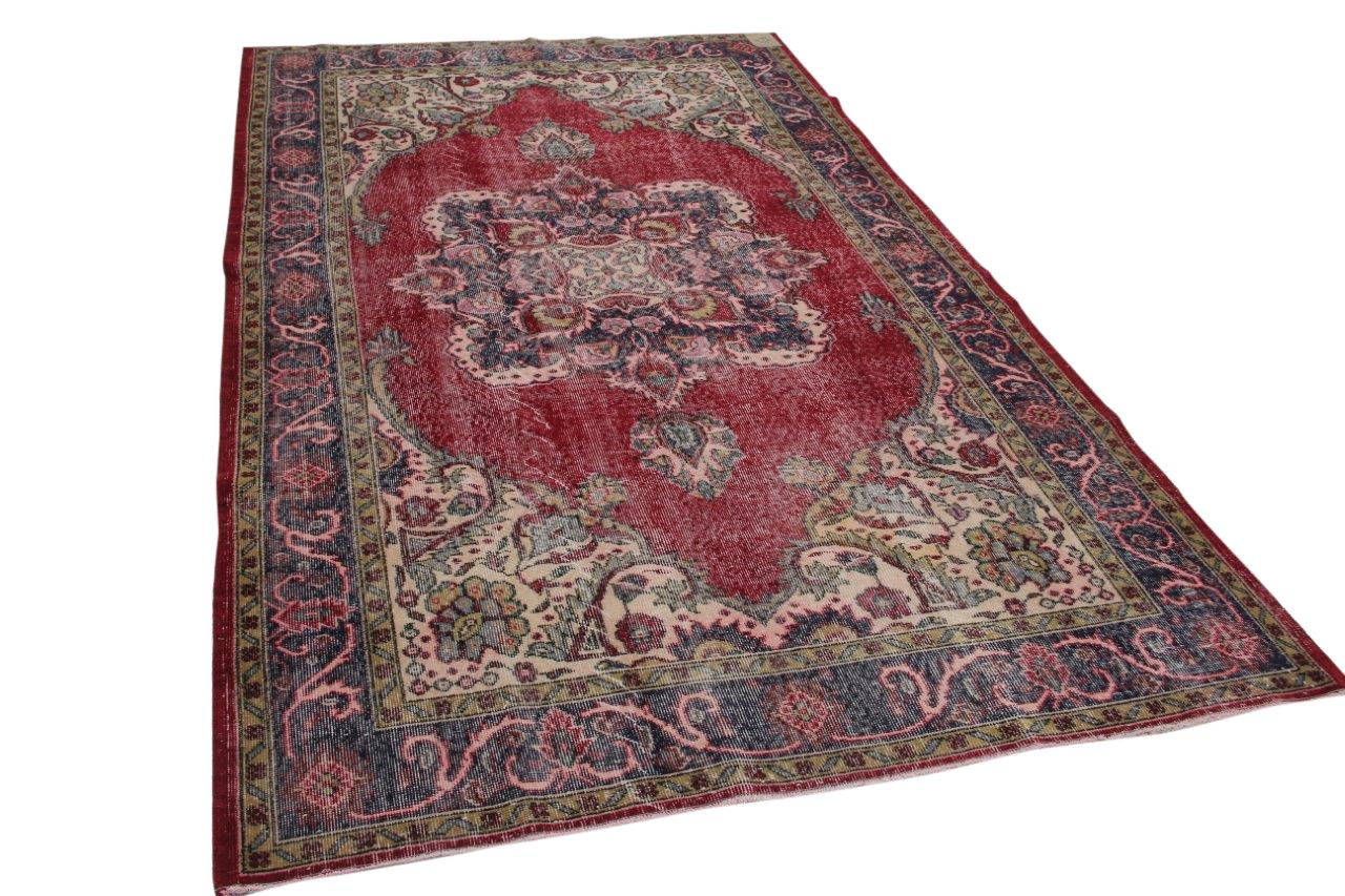 vintage vloerkleed met rood
