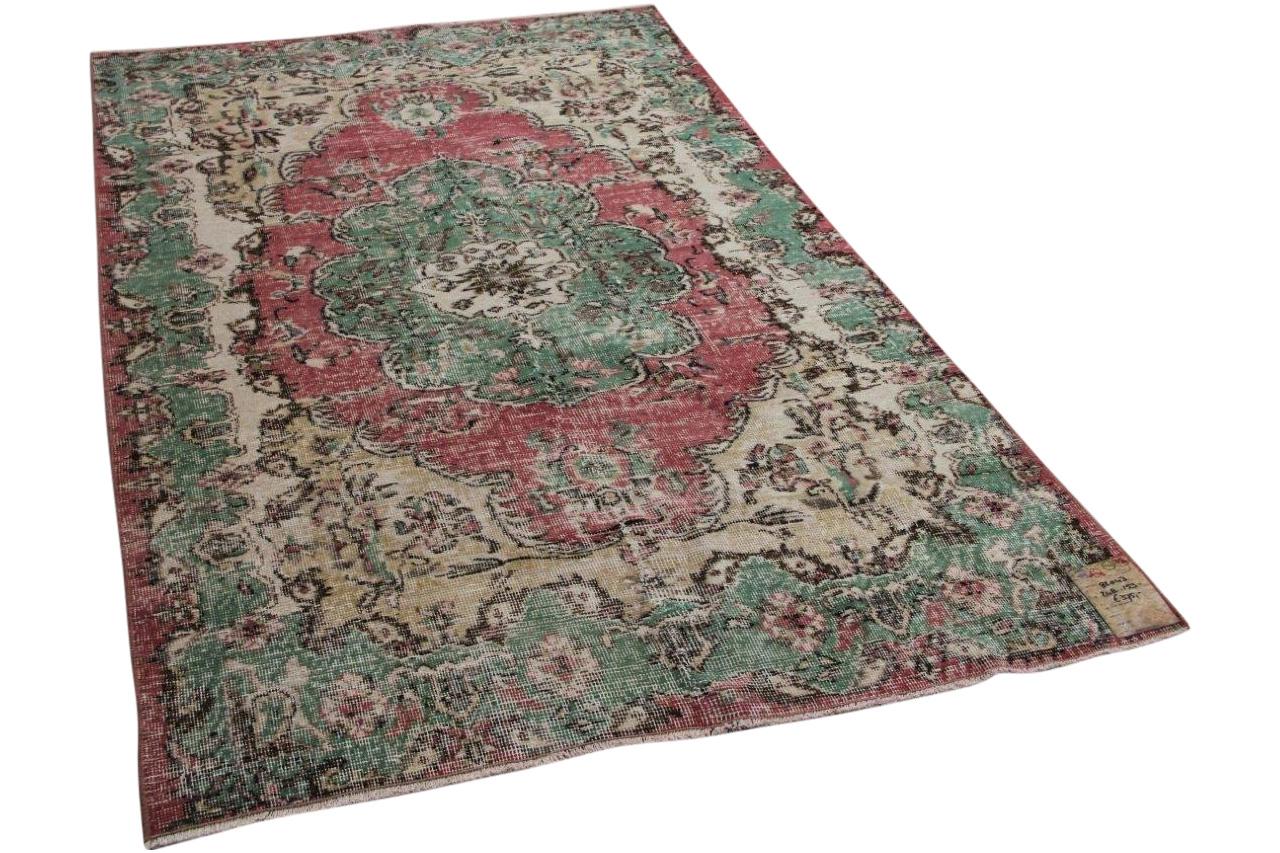 Vintage vloerkleed rood met groen 248cm x 153cm