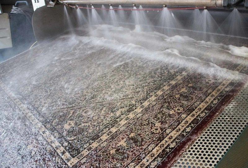 Een vloerkleed op professionele wijze reinigen