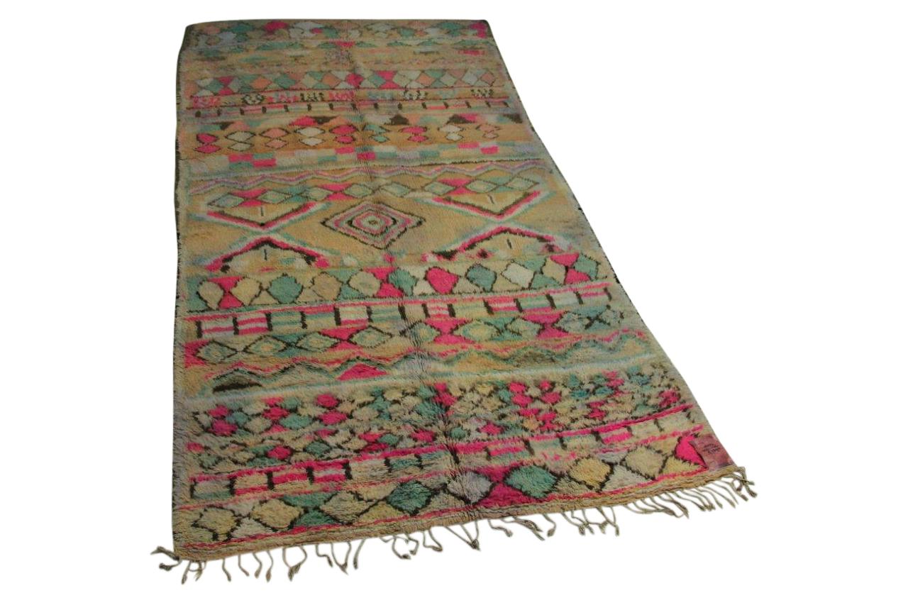 Afbeelding van antieke berber 343cm x 176cm hoogpolig vloerkleed