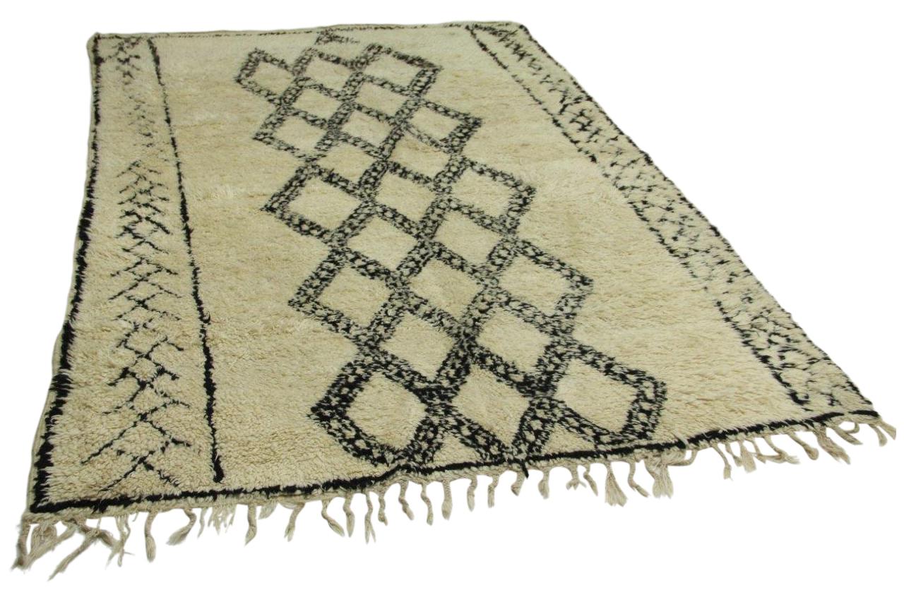 Afbeelding van Antieke Beni ouarain, 315cm x 213cm hoogpolig vloerkleed