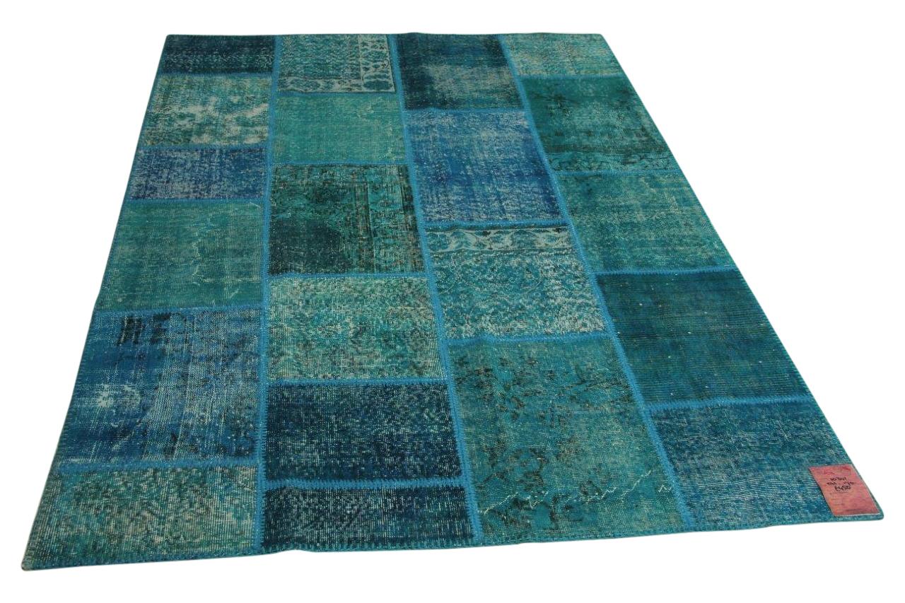 Afbeelding van blauw patchwork vloerkleed 241cm x 170cm