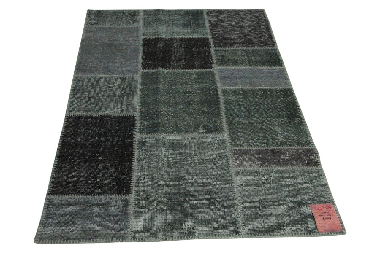 Afbeelding van blauw, grijs patchwork vloerkleed 180cm x 120cm